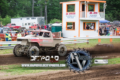 Barnyard_Throttle-KIng-8351_Sunday-06-05-16  by Brianna Morrissey  Find more photos at www.rapidvelocityphoto.com ©Rapid Velocity Photo & BLM Photography 2016