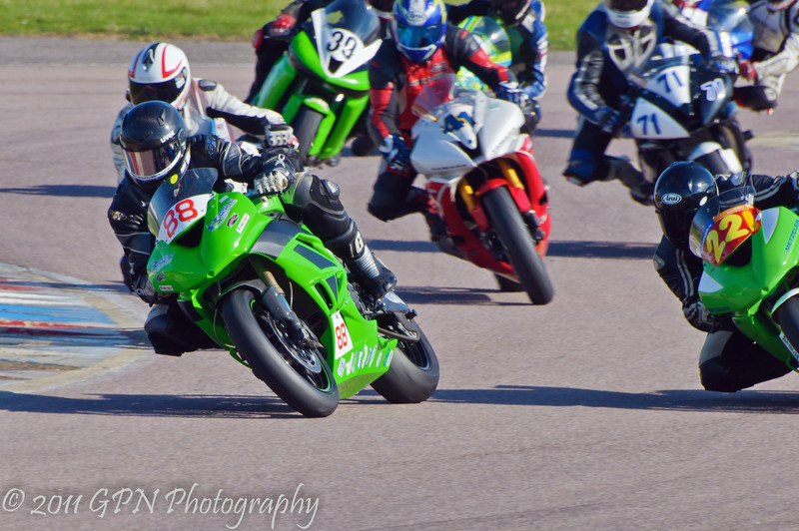 Michael Golden (Suzuki GSXR 600) and Daniel Fuller (Kawasaki ZX6R) lead the rest of the field