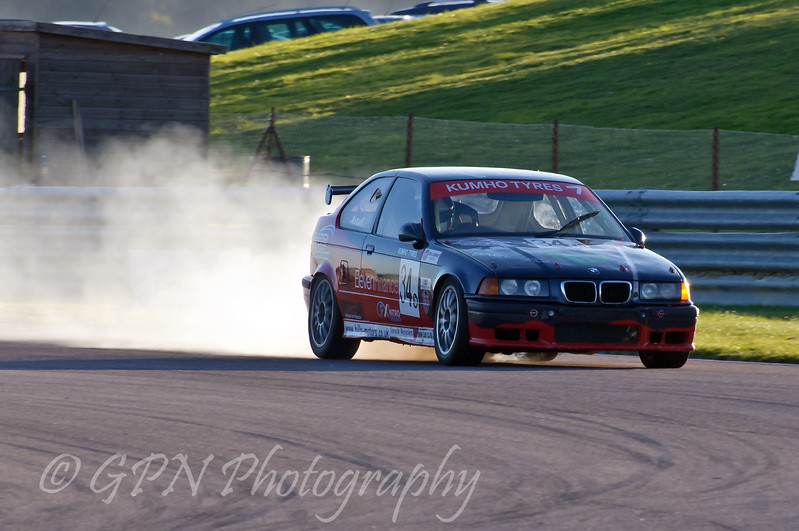 Mark Astall (BMW Compact) blows his engine - Kumho BMW Championship
