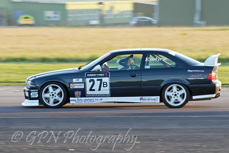 Evelyne Buanic (BMW E30 M3) - Kumho BMW Championship