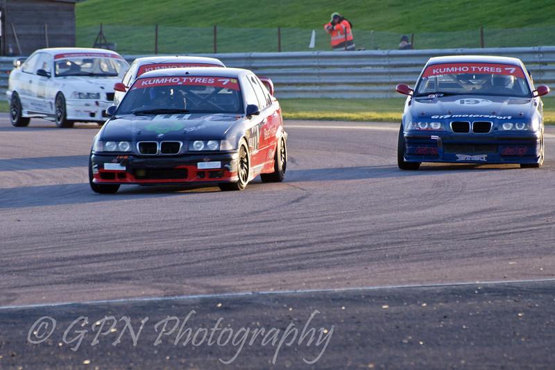 David Kempton (BMW E36) leads the field - Kumho BMW Championship
