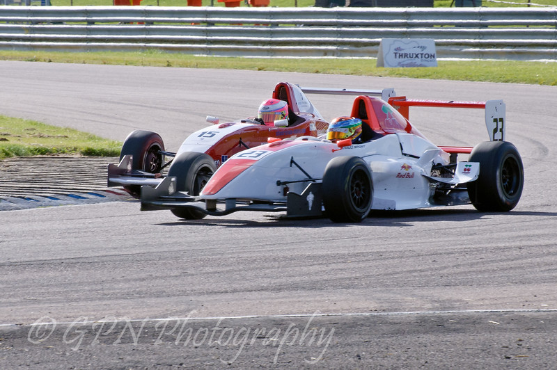 Alice Powell (Hillspeed) trying to pass Joseph Reilly (Fortec Motorsport) - Protyre Formula Renault BARC Championship