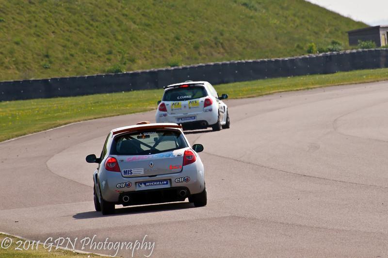 James Dixon chasing Craig Currie - Renault Clio Cup UK