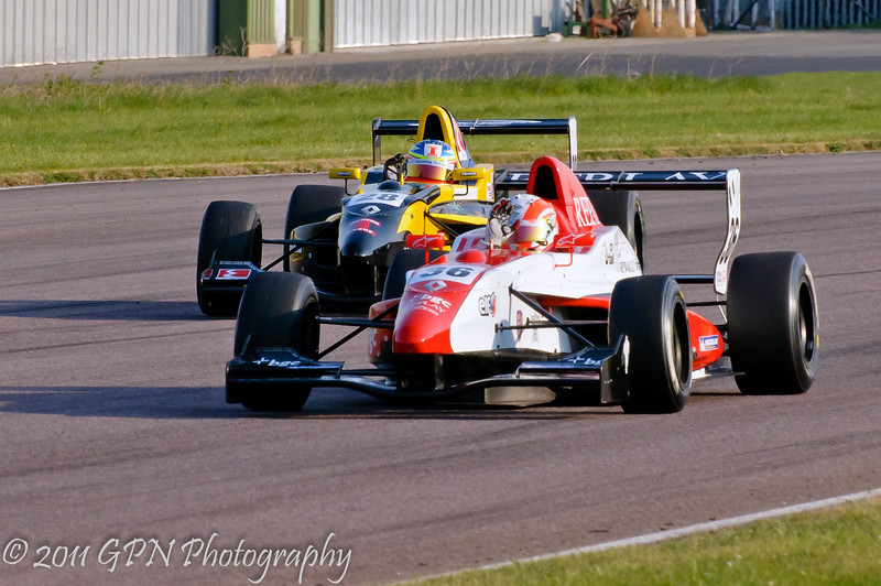 Alex Lynn acknowledges the crowd after his win - Formula Renault 2.0 UK Championship