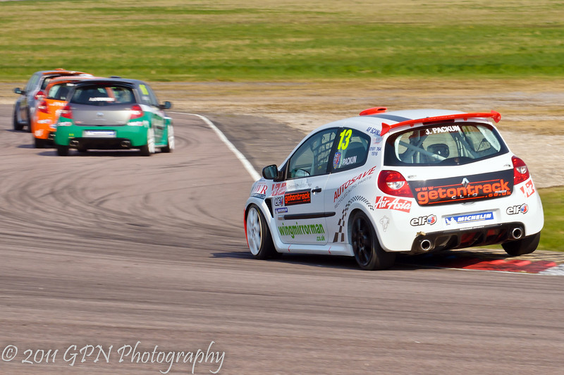 Jake Packun chasing the field - Renault Clio Cup UK