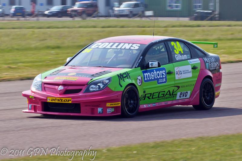 Tony Gilham (Vauxhall Vectra) - MSA British Touring Car Championship