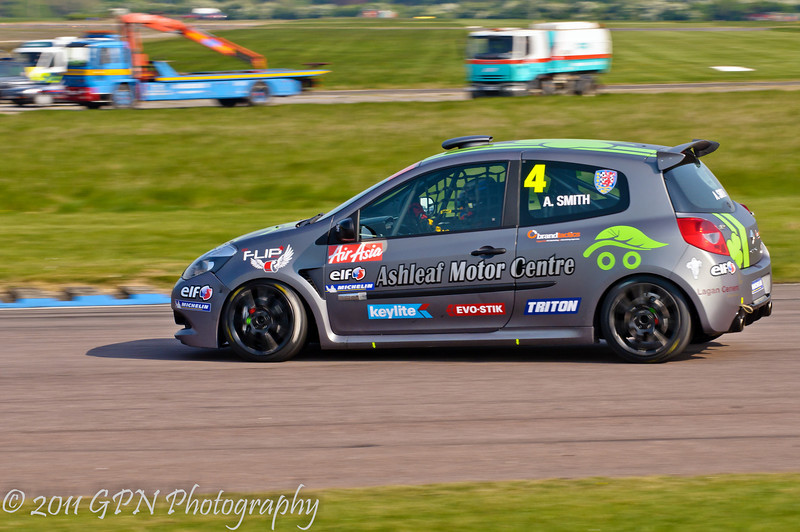 Aron Smith - Renault Clio Cup UK