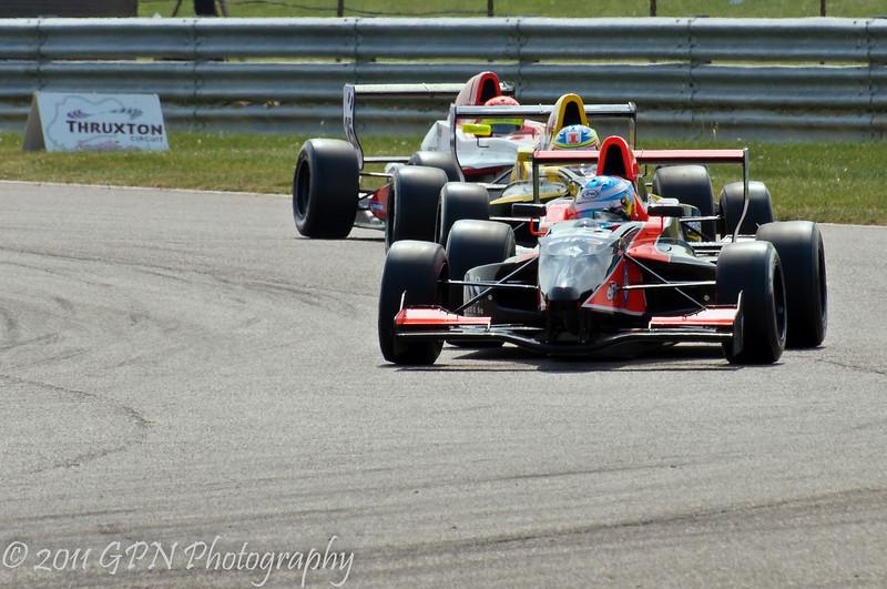 Jordan King leads Eftihios Ellinas and Mitchell Gilbert - Formula Renault 2.0 UK Championship