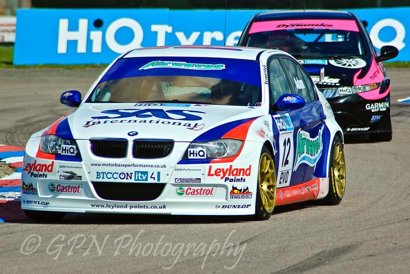 Jonathan Adam (BMW 320si) leads Dave Pinkney (Honda Civic)