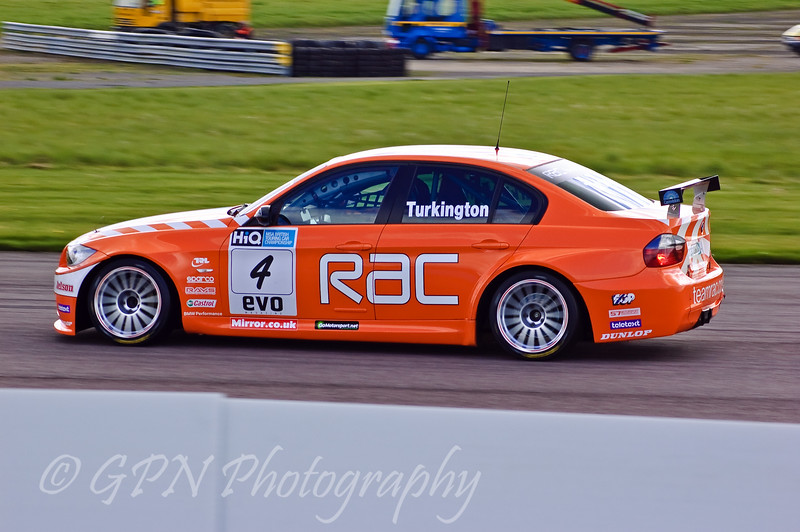 Colin Turkington (BMW 320si)