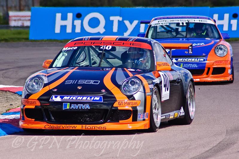 Paul Mace leads Lewis Hopkins (Porsche Carrera Cup)