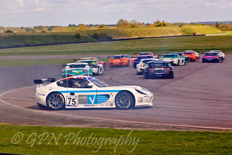 Joachim Ritter gets it all wrong at the complex (Ginetta G50)