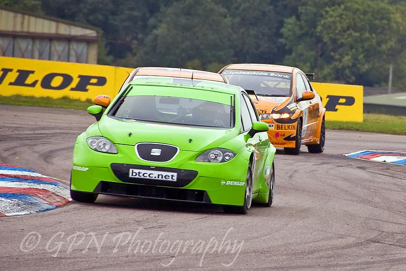 Rob Collard (Seat Leon) leads teammates Gordon Shedden & Matt Neal (Honda Civic)