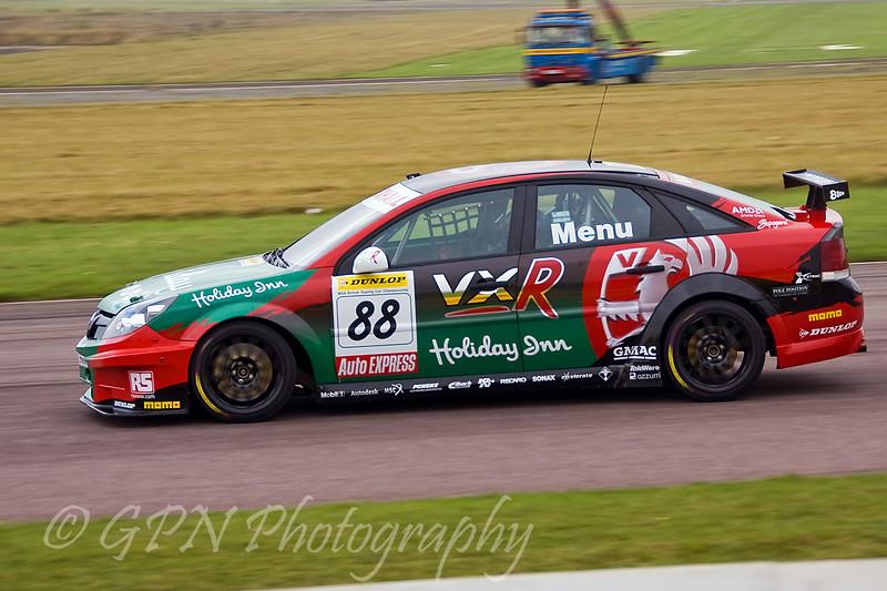 Alain Menu (Vauxhall Vectra)