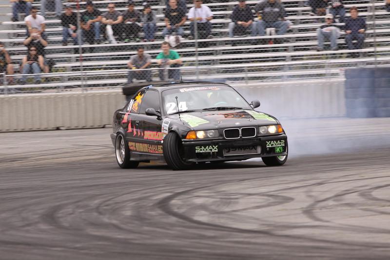 D1 Drift 4-09 275
