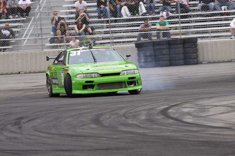 D1 Drift 4-09 300