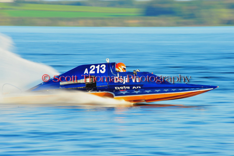 The Deja Vu 2.5 LIter Modified inboard hydroplane owned by Melia Koerner and Frank Deem at the HydroBowl on Seneca Lake in Geneva, New York.