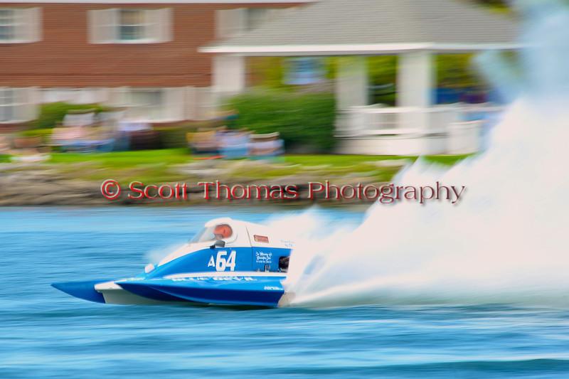 2.5 Liter Modified hydroplanes racing at the  HydroBowl on Seneca Lake in Geneva, New York.