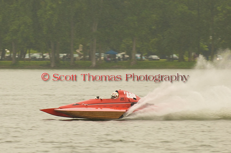 Hydroplane T125 My Shameless Mistake being driven by John Shaw racing on Onondaga Lake during Syracuse Hyrdofest on Saturday, June 20, 2009.