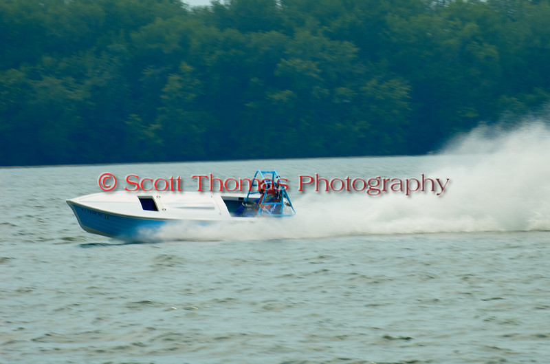 Jersey Skiff JS-40 on the course at the 2010 Syracuse Hydrofest  held at Onondaga Lake Park near Liverpool, New York on Saturday, June 19.