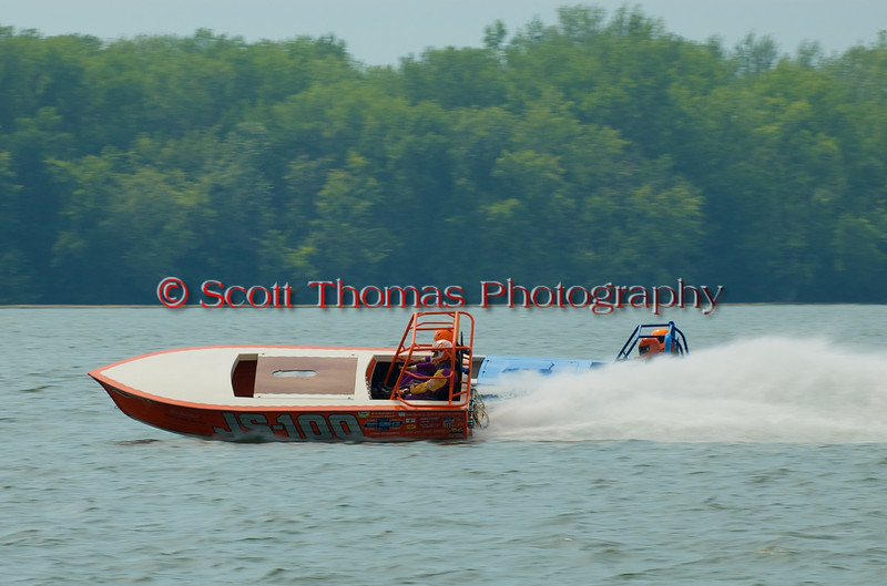 Jersey Skiffs JS-100 and JS-9 on the course at the 2010 Syracuse Hydrofest  held at Onondaga Lake Park near Liverpool, New York on Saturday, June 19.