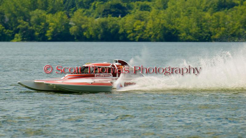 2.5 Liter hydroplane nnnnnn (S-XX) driven by nnnnnnnnn racing at the 2010  Syracuse Hydrofest  held at Onondaga Lake Park near Liverpool, New York on Sunday, June 20.