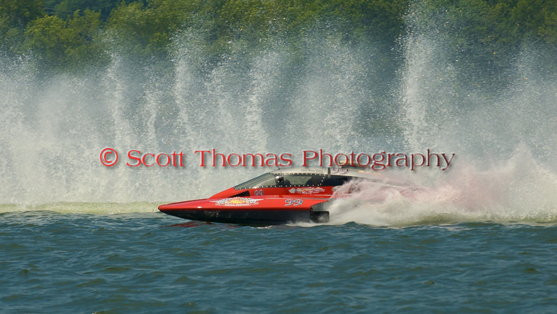 5.0 Liter Stock hydroplane nnnnnnnn (CE-99) driven by nnnnnnnnnnnn on the course at the 2010 Syracuse Hydrofest  held at Onondaga Lake Park near Liverpool, New York on Saturday, June 19.