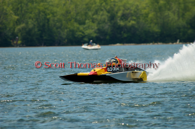 2.5 Liter Modified hydroplane Old Crow (A-600) driven by Dan Kanfoush racing at the 2010 Syracuse Hydrofest held at Onondaga Lake Park near Liverpool, New York on Sunday, June 20.