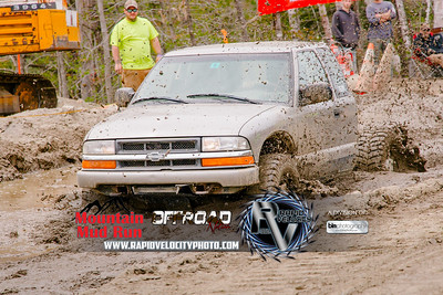 Mountain-Mud-Run_-5276_05-13-17  by Brianna Morrissey   ©Rapid Velocity Photo & BLM Photography 2017