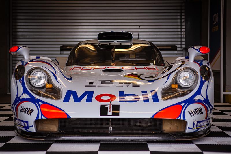 1998 GT1.