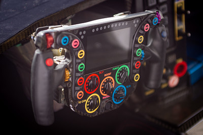 Steering wheel of the 919 Evo.