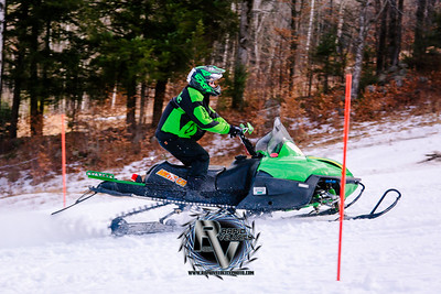 RTH_Whaleback-Mountain_12-15-19_2101 - ©Rapid Velocity Photo by BLM Photography {iptcyear4}