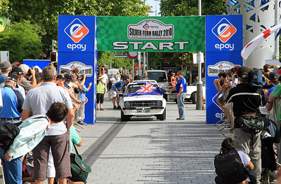 #3 Simon Tysoe/Chris Parsons - Start, Cathedral Square, Christchurch.
