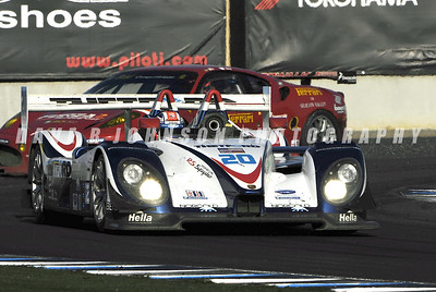 ALMS: The Dyson – Smith RS Spyder leading the Salo – Melo Risi Ferrari out of Corner 11.  (1DJ8377eec)