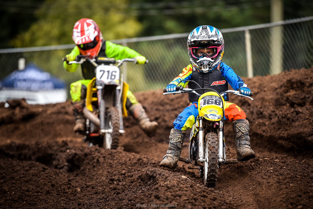 Zoey Wiloe tip-toes around some deep ruts.