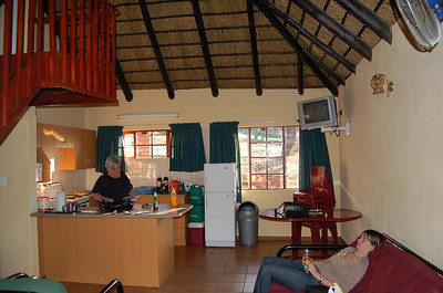 Chalet - Kitchen/Living Room