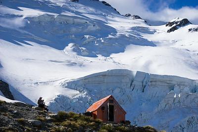 Sefton Bivouac below the Footstool and Tewaewae Glacier
