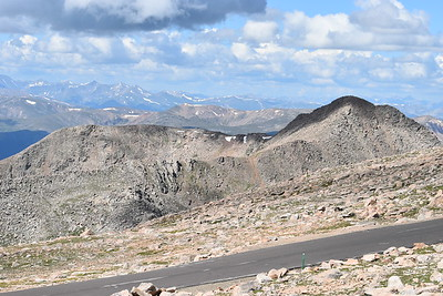 The view from the 14,130 ft Mount Evans, looking toward the west.