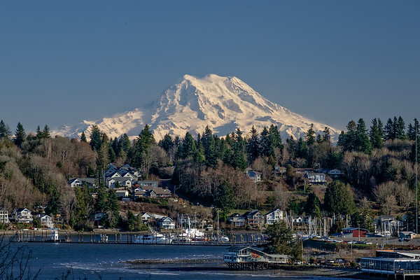 Mount Rainier and Budd Inlet from West Olympia