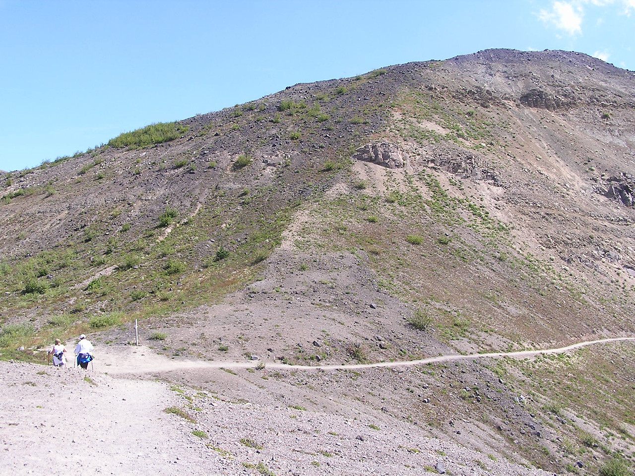 The section of the trail that heads south along the side of this steep hill is called 'Devil's Elbow'.