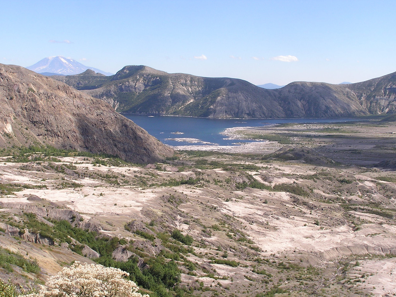 Spirit Lake from the Boundary Trail about 2 miles east of the Johnston Observatory at Mt St Helens.