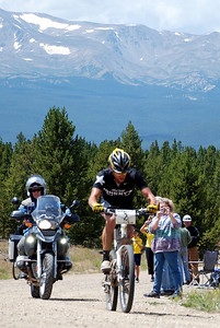 Lance Armstrong Coming Back into Leadville for the Win
