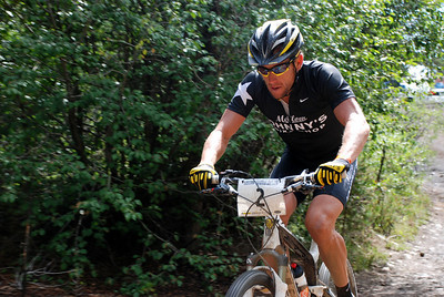 Lance Armstrong Near Powerline Climb