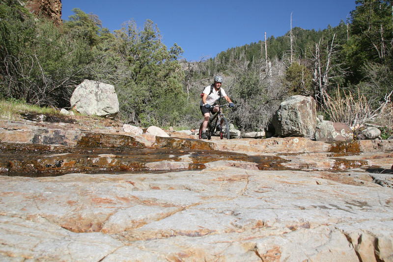 Lots of things to play on in this expansive rock flow.
