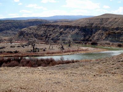 Gunnison River from Gunnision Bluffs Trail
