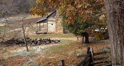 Log Cabin at the Mountain Farm Trail