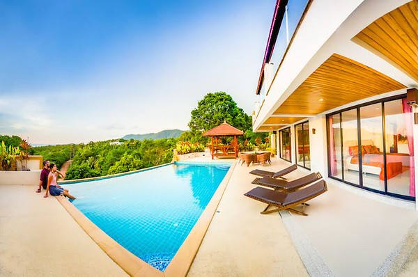 The Mountain House Villa swimming pool