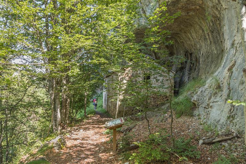 Casita de la cueva II