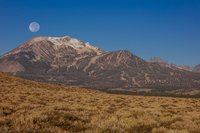Moonset Over Mammoth Mountain 1