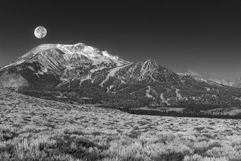 Moonset Over Mammoth Mountain B&W
